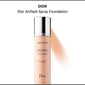 Dior Airflash Spray Foundation 2Warm (201)
